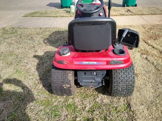 Lawn. Tractor for Sale in Glenn Heights,  TX