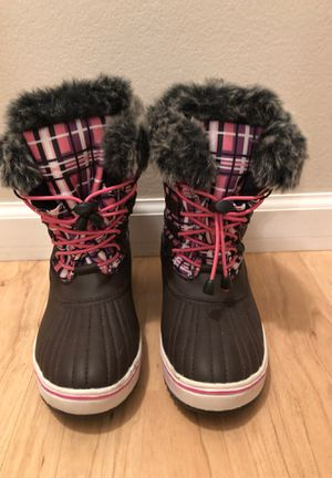 Girl boots size 2 for Sale in Palos Hills, IL