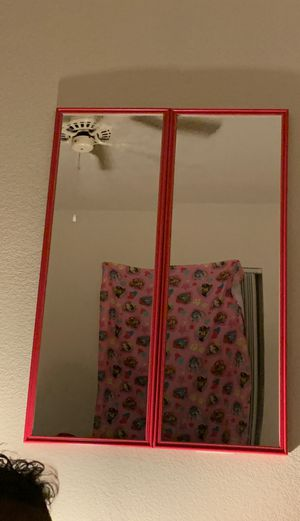 2 mirrors for Sale in Goodyear, AZ