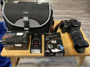 Canon Rebel T4i with lens & accessories for Sale in Tampa, FL