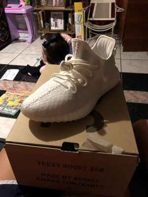 Yeezys size 7.5 for Sale in Dallas, TX