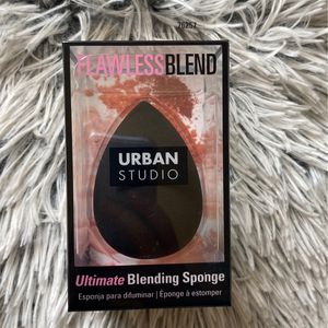 Beauty Blender for Sale in Lynwood, CA