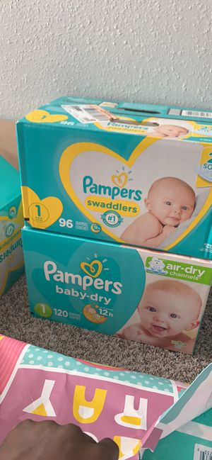 Diapers n Newborn boy clothes for Sale in Fort Worth, TX