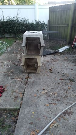 2 dog crates for Sale in Ocala,  FL