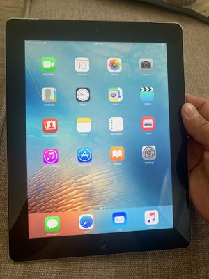 Selling 2 iPads 3rd generation 16gb no issues at all very nice and clean for Sale in Irvine, CA