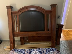 Ashley queen size bed frame for Sale in Blue Springs, MO