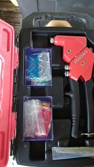 ARROW 1-Handed Swivel Riveter Kit for Sale in Villa Rica, GA