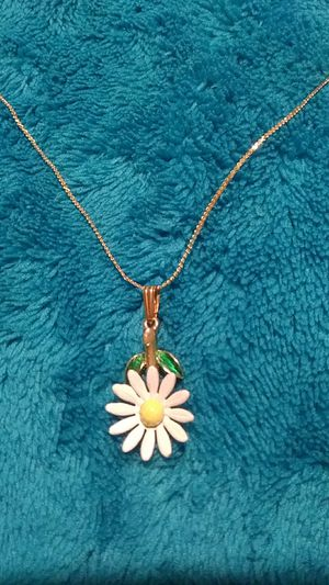 """Women's or girls daisy flower pendant necklace 925 sterling silver filled on an 18"""" Serpentine chain for Sale for sale  NEW PRT RCHY, FL"""