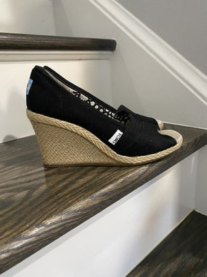 TOMS open toe wedges size 6 for Sale in Herndon, VA