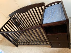Baby crib with attached changing table $60 obo for Sale in Alta Loma, CA