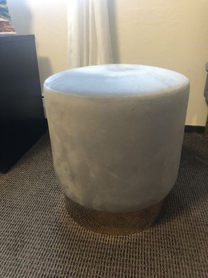 Round velvet ottoman with gold trim for Sale in San Leandro, CA