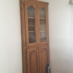 Solid Oak Corner Cabinet for Sale in East Wenatchee,  WA