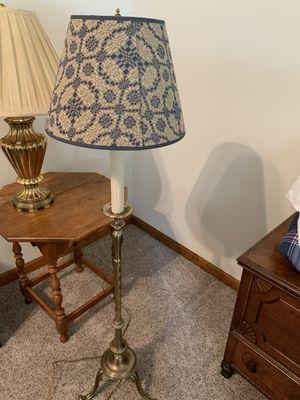 Floor lamp for Sale in Warrenville, IL