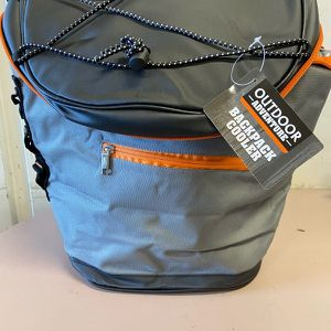Back Pack Cooler for Sale in Rancho Cucamonga, CA