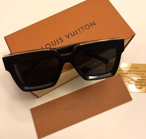 Unisex Monogram Millionaire Sunglasses by Virgil Abloh ! New W / Box ! Serious buyers ! No trades for Sale in Silver Spring, MD