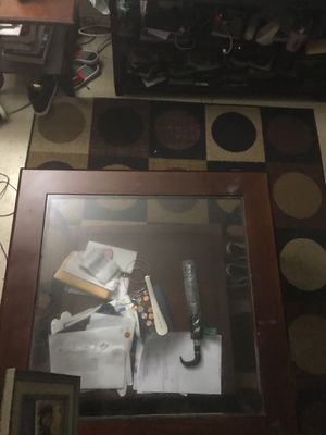 IKEA Coffee Table with 2 end tables including floor rug for Sale in Brooklyn, NY