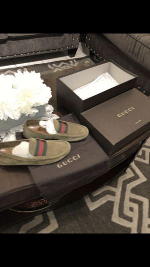 """GUCCI Men Loafers Size 5""""1/2! Perfect for Sale in March Air Reserve Base, CA"""