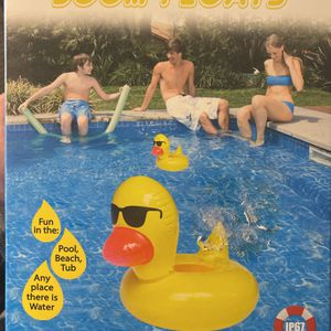 Floating Waterproof Speaker for Sale in Los Angeles, CA