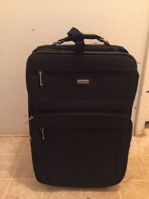 Suitcase for Sale in Greenville, SC