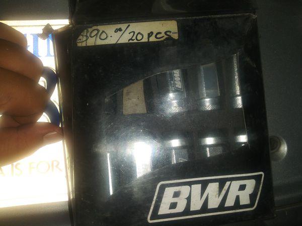BWR Aluminum Lug Nuts