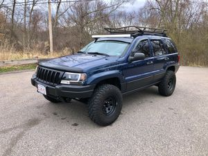 2002 lifted Jeep Grand Cherokee for Sale in Franklin, MA