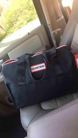 HUNTER Black Large Duffle Bag for Sale in Fort Washington, MD