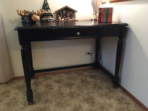 ENTRY WAY TABLE/DESK/TV STAND for Sale in Joliet, IL
