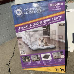 DOG CRATE MEDIUM for Sale in Manhattan Beach, CA