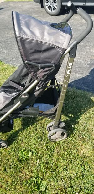 Chicco Liteway Stroller for Sale in Lancaster, NY