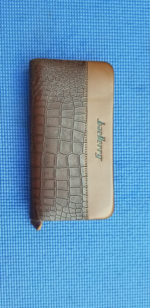 Men's long wallet leather - New for Sale in West Sacramento, CA