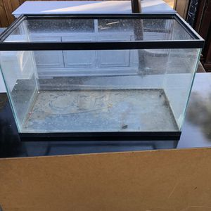 10gal Fish Tank for Sale in Pomona, CA