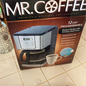 Mr. coffee top cup programmable modern design with stainless steel front for Sale in Perris, CA