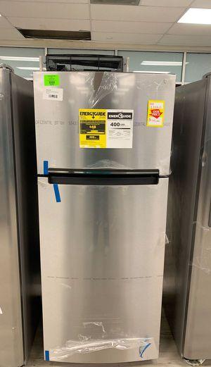 Brand new Whirlpool WRT518SZFM refrigerator HQTJQ for Sale in Gardena, CA