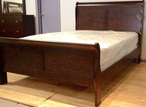 King cherry sleigh bed with mattress and free delivery for Sale in Austin, TX
