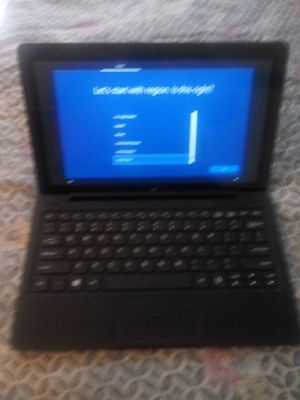 Insignia flex 11.6 inch computer/tablet windows 10 os for Sale in Saint Petersburg, FL