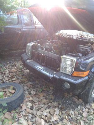 PARTS Jeep commander for Sale in Dallas, TX