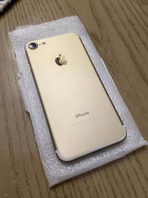 iPhone 7 Gold 128GB. Unlocked. for Sale in Wylie, TX