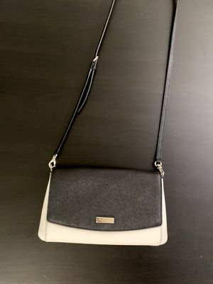 Kate Spade White and Black Crossbody Purse for Sale in Anaheim, CA