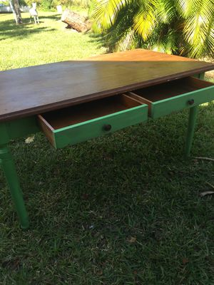 Solid wood table painted with chalk paint for Sale in Sebring, FL