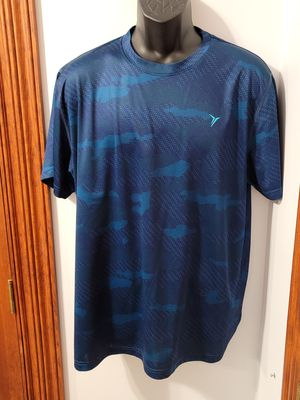 Old Navy Active Athletic Camo Shirt for Sale in Middletown, MD