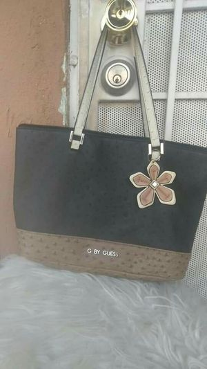 GUESS BAG AUTHENTIC GOOD CONDITION* for Sale in Riverside, CA