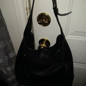 LEATHER HANDBAG BY TORY BURCH for Sale in League City, TX