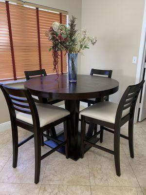 Beautiful kitchen table set for sale for Sale in Boynton Beach, FL