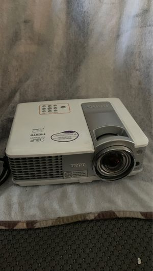 BenQ projector for Sale in Garden Grove, CA