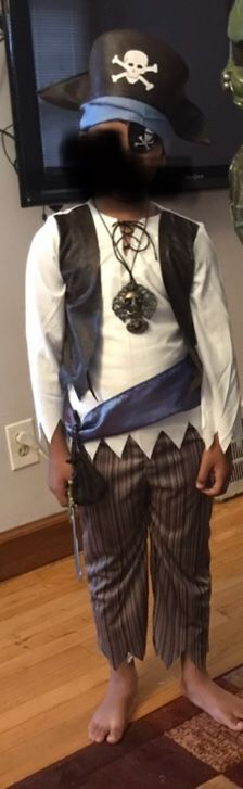Pirate Halloween costume size 8 for Sale in Dearborn, MI