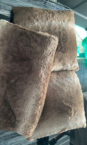 Fur Pillow and Blanket Set for Sale in Kent, WA