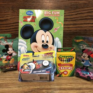 Big Fun Mickey And Minnie Got Wheels Set for Sale in Sloan, NV