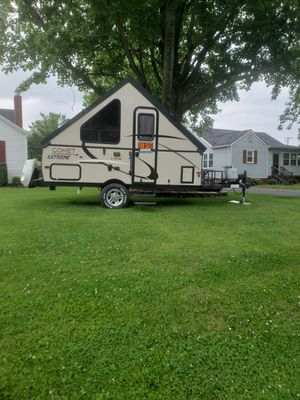 Comet starcraft extreme camper for Sale in Lebanon, IN