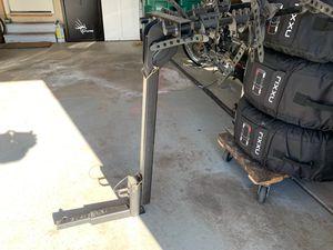 """Thule folding 4 bike rack rear hitch carrier 1.25"""" receiver EUC for Sale in Castle Rock, CO"""
