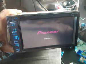 STEREO PIONEER CD DVD AUX USB BLUETOOTH GOOD CONDICIÓN ABLO ESPAÑOL for Sale in Stockton, CA